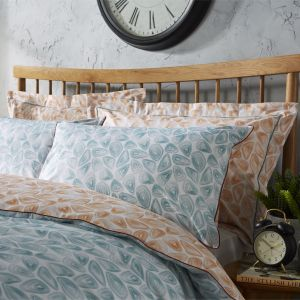 Wallis Young Hive Duvet Set